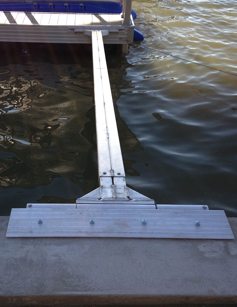 Boat Deck anchor of aluminum to concrete